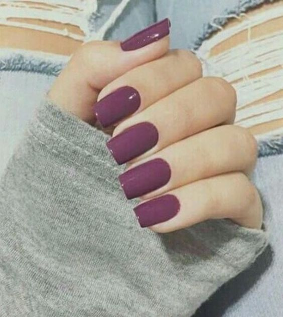 SNS Nails : Everything You Need To Know About The Nail Trend